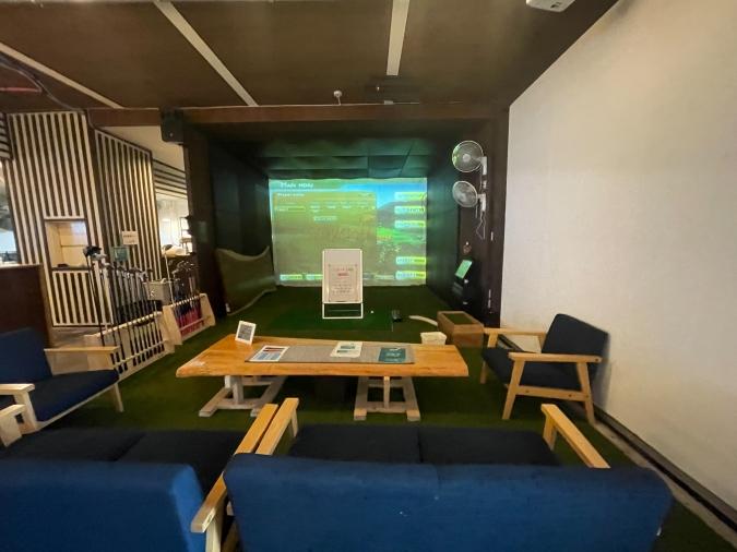 「岡八‐OKAHACHI‐」シミュレーションゴルフ