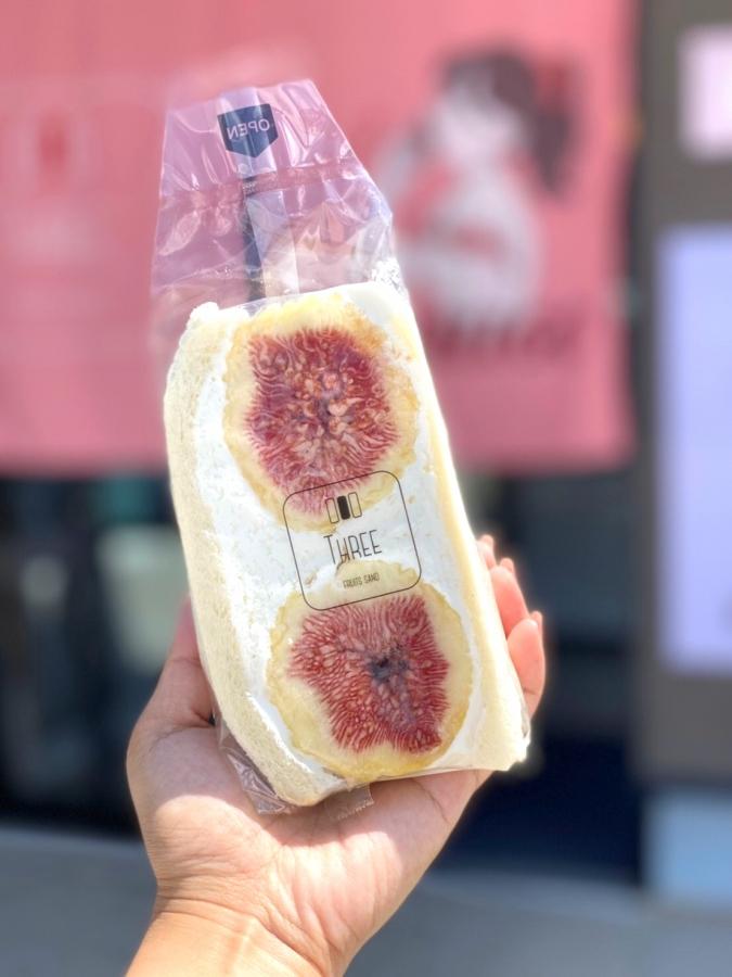 FRUITS SAND THREEいちじくサンド