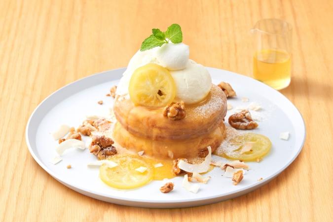 「ビブリオテーク」レモンとココナッツブランマンジェのパンケーキ ジンジャーソース