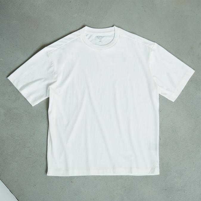 nano・universe T-Shirt