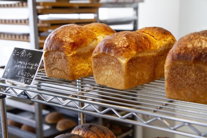 bakery ZOU(ベーカリー・ゾウ) 食パン