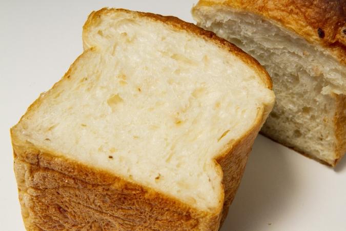 bakery ZOU(ベーカリー・ゾウ) 玄米食パン