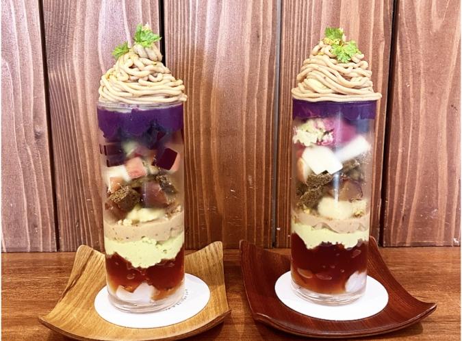 「KUROCAFE」新作パフェ・栗と芋とピスタチオ