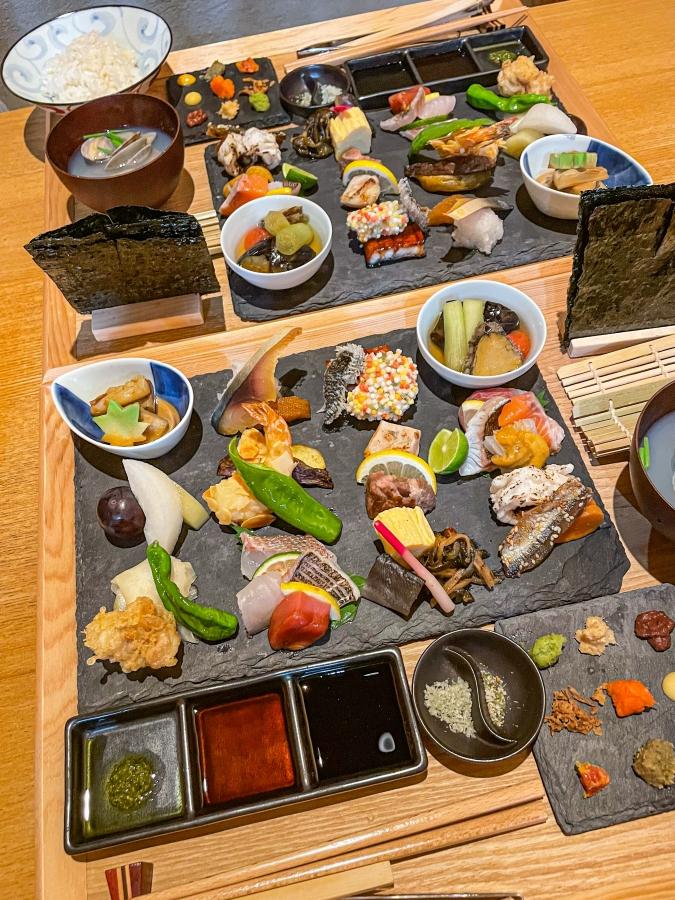 『炉ばた 髙』炙り手織り寿司全体画像②