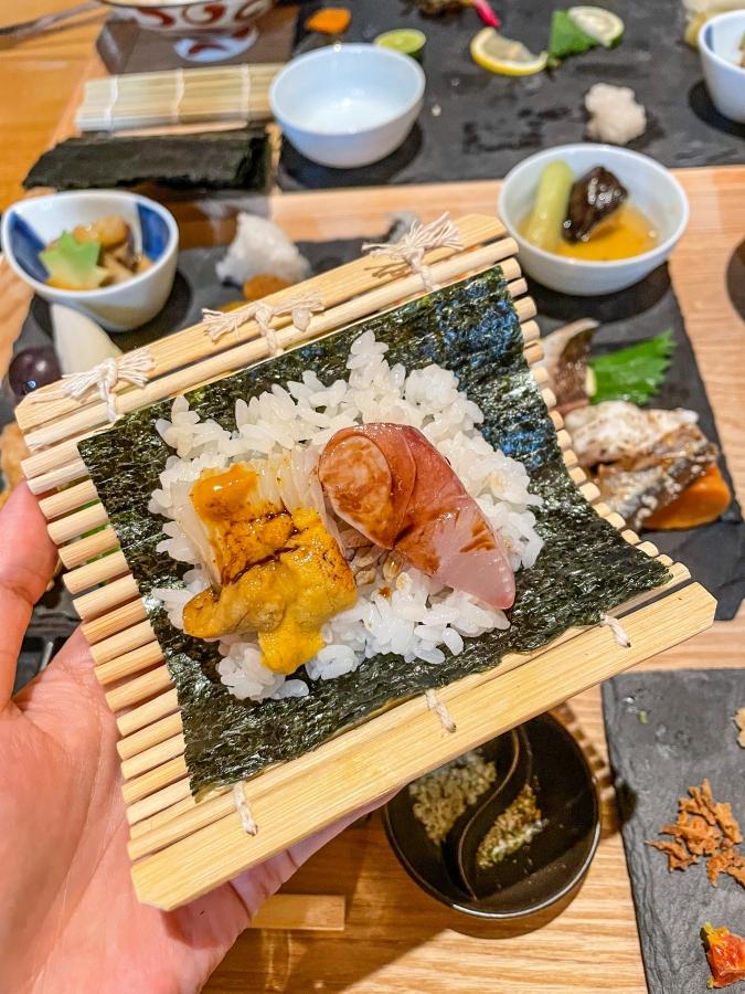 『炉ばた 髙』炙り手織り寿司・自分で手巻き寿司を作ります