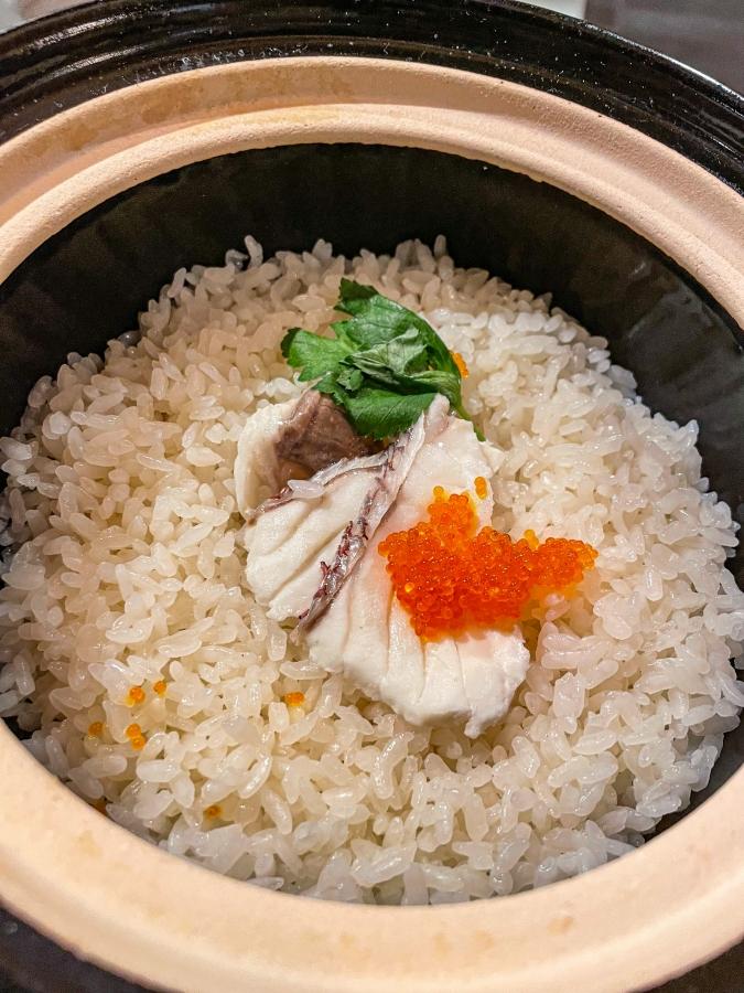 「熾火や 魚二(おきびやうおに)」鯛めし土鍋堪能御膳・土鍋の鯛めし単品画像