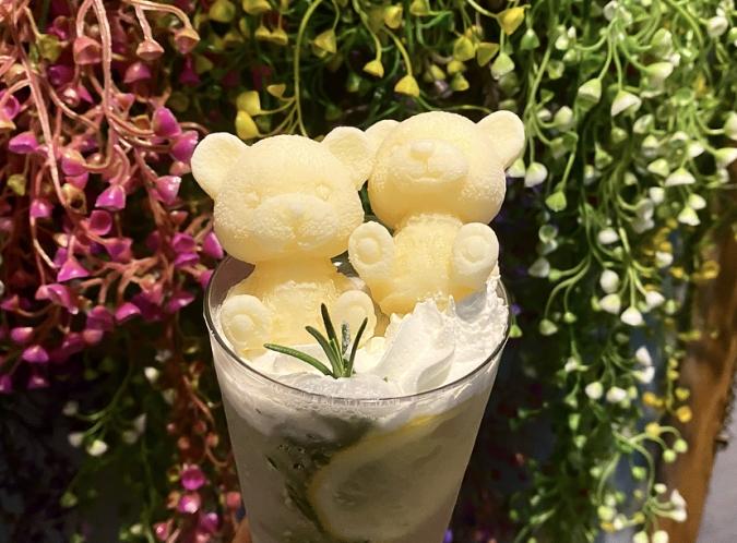 『Oak cafe(オークカフェ)』檸檬とローズマリーソーダ