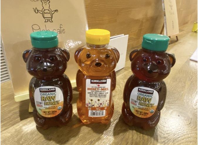 『Oak cafe(オークカフェ)』店内の蜂蜜