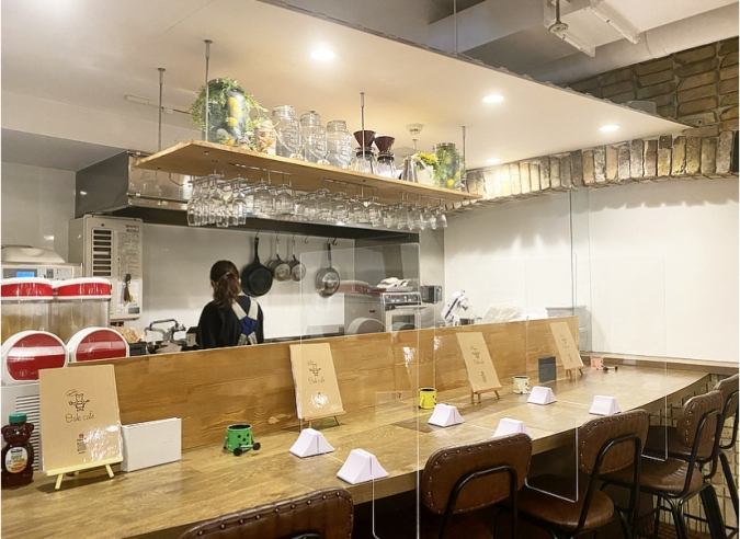 『Oak cafe(オークカフェ)』店内
