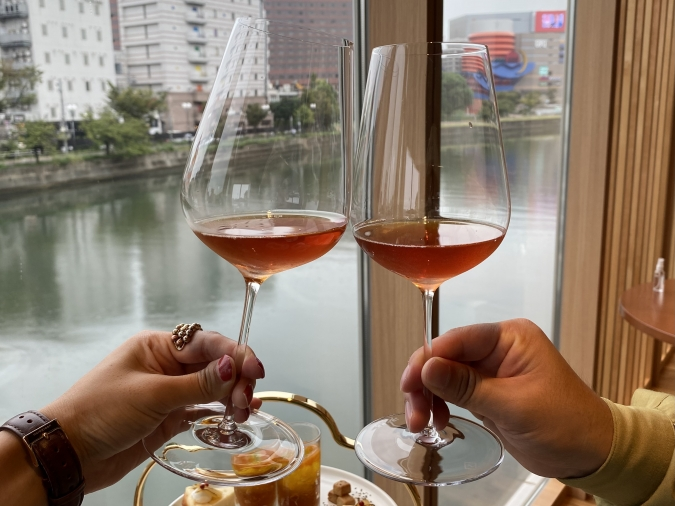 QUON River terrace(クオンリバーテラス) Premium WAfternoon teaのウェルカムドリンク
