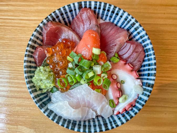 料理屋 そのへん 豪華海鮮丼