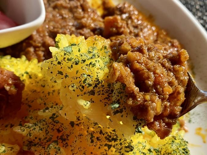 『curry&cafe 茶話(さわ)』スパイスが効いたドライキーマ