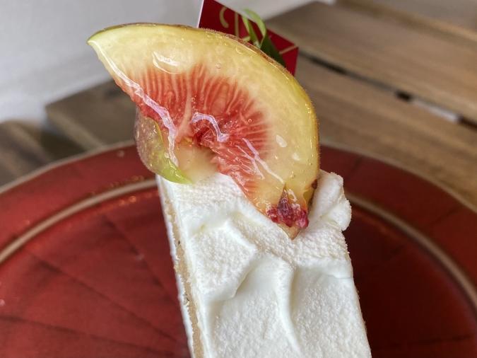ケーキハウス・アン 福津店 いちじくのロールケーキ