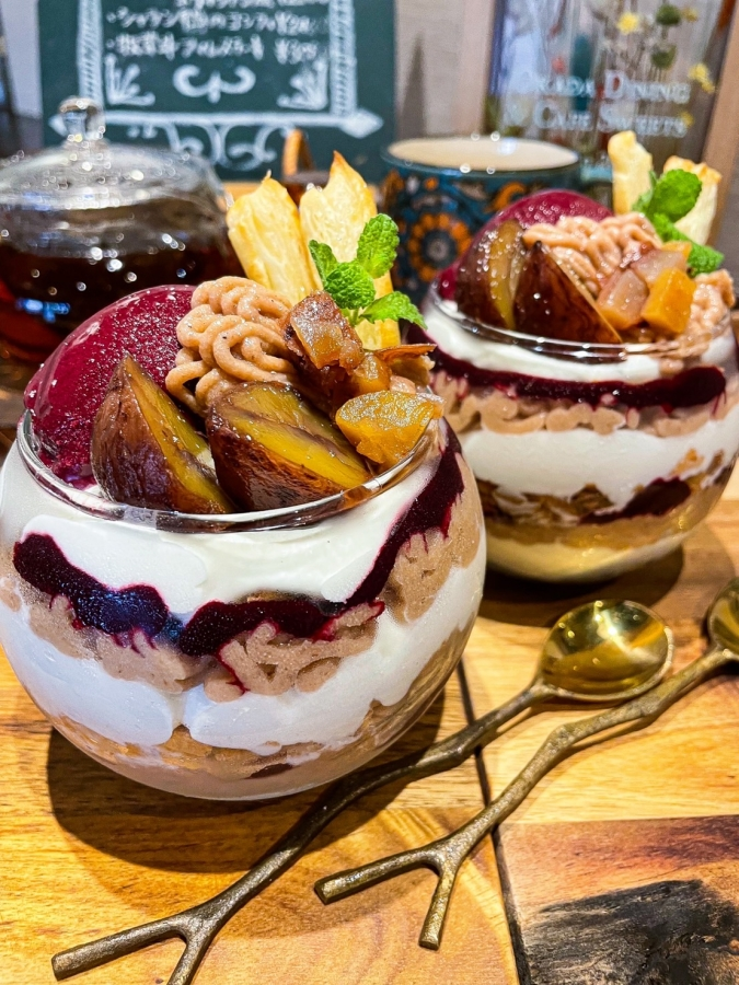 Okada Dining&Cafe Sweets HAKATA(オカダダイニング&カフェスイーツハカタ) 季節のパフェ