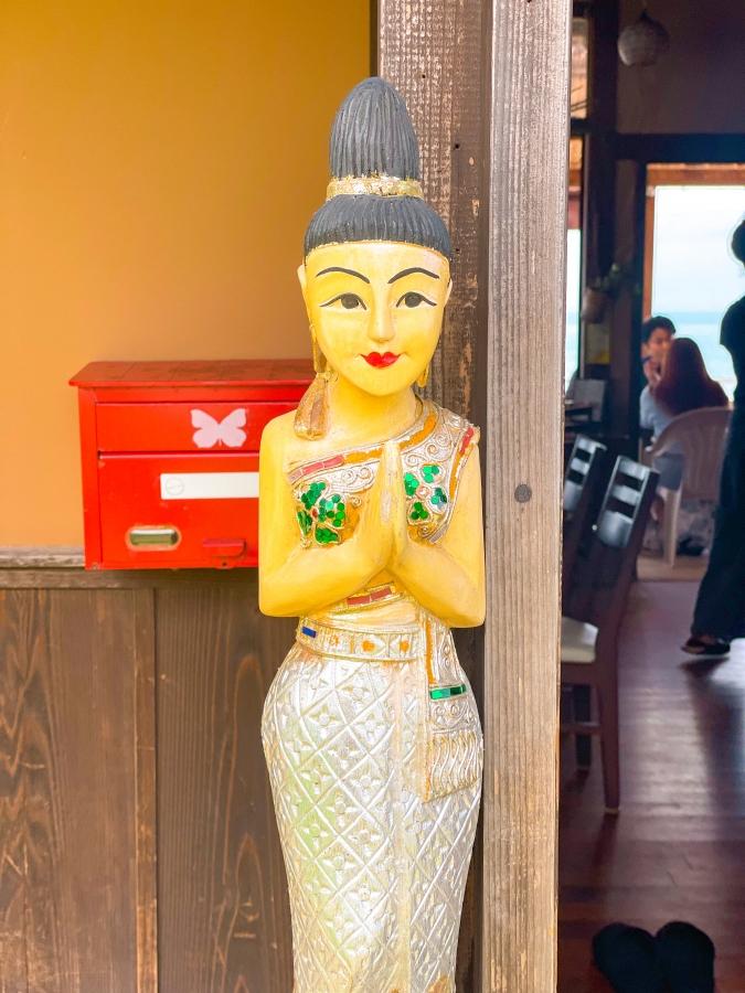 Duangjan(ドゥワンチャン) 入口の置物