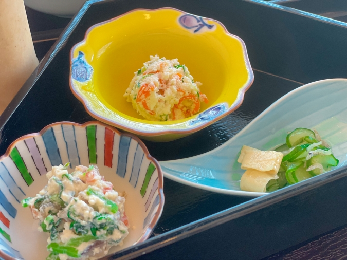 とうふ家 酒瀬川(さかせがわ) 豆腐ハンバーグ御膳(本日の3種盛り)