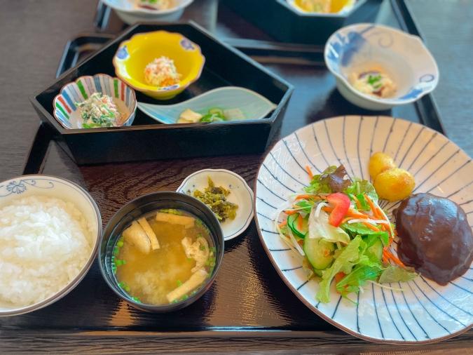 とうふ家 酒瀬川(さかせがわ) 豆腐ハンバーグ御膳