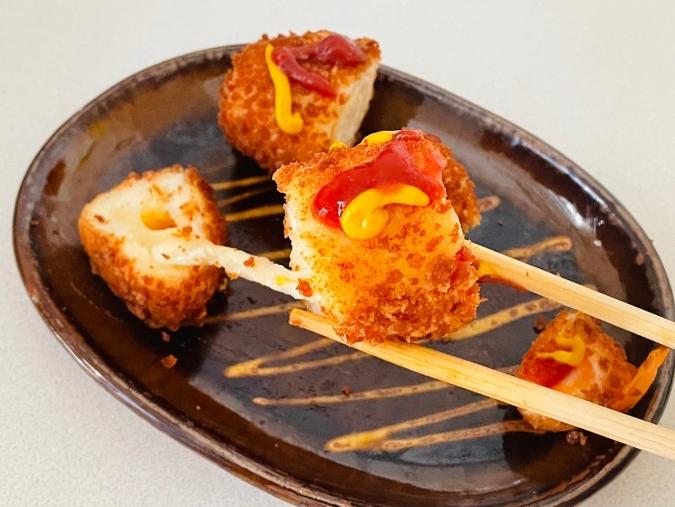 イエスマート「2種のチーズハットグ」の実食レポ