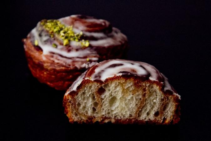 Boulangerie Doux Fleurs(ブーランジェリー・ドゥー・フルール)シナモンロール