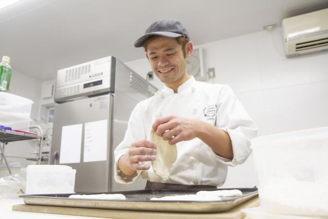 Boulangerie Doux Fleurs(ブーランジェリー・ドゥー・フルール) オーナーシェフ