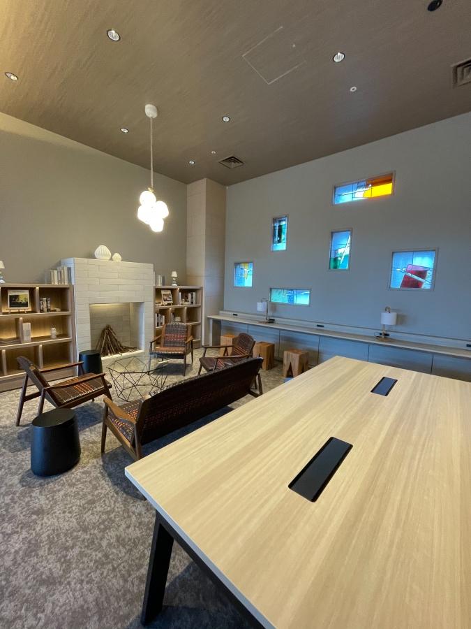 「グローカルホテル糸島」ブック&カフェ