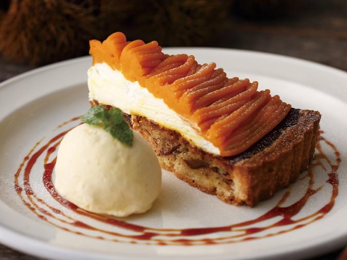 キハチカフェ・栗とかぼちゃのタルト バニラアイス添え