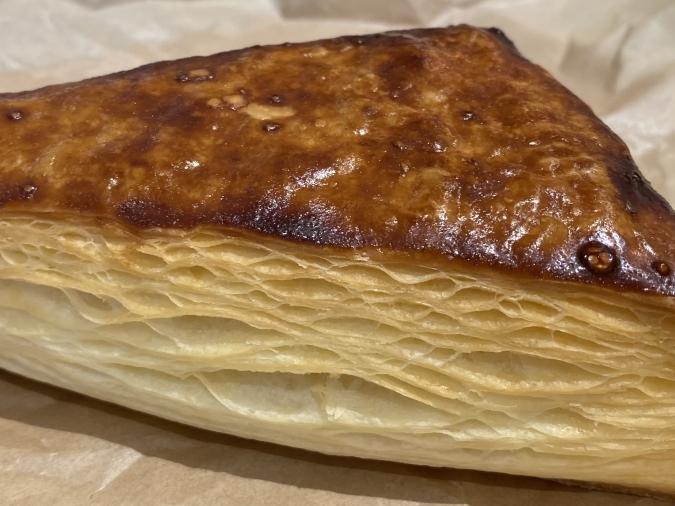 焼きたて菓子専門店 QUEEN(クイーン) イチオシ商品「エアリービスケット」