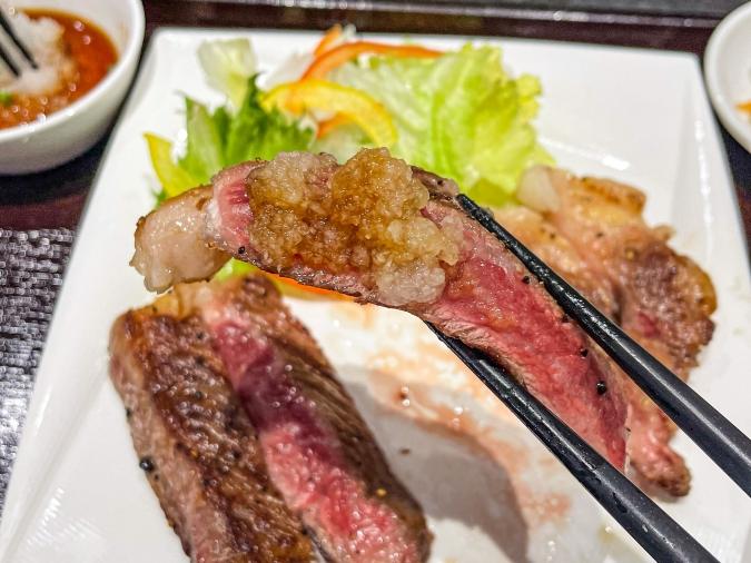 『焼肉 賀牛』サーロイン(おろしポン酢つけ)
