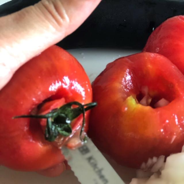 なみじゅう トマト